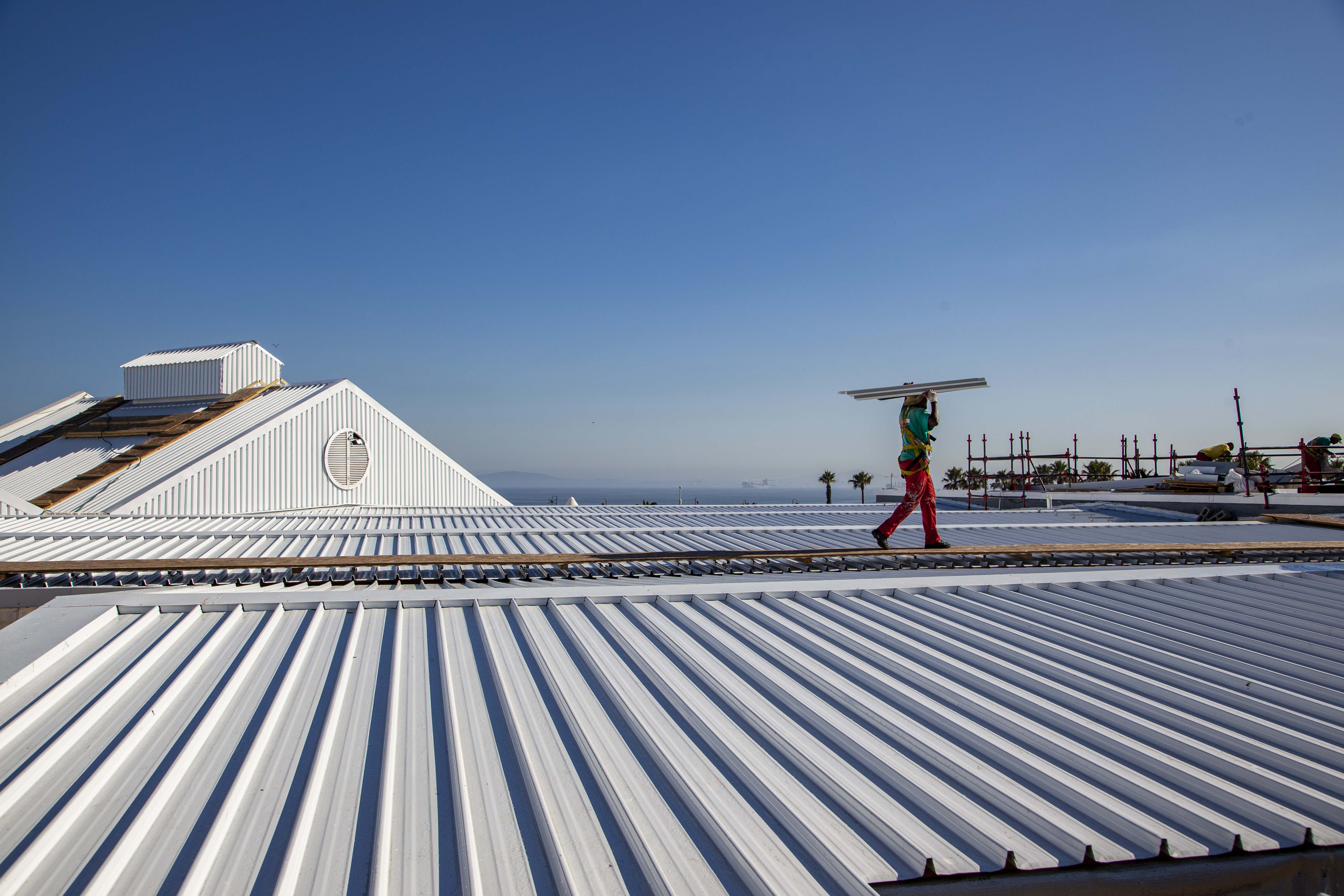 roofing contractor Indawo in Cape Town